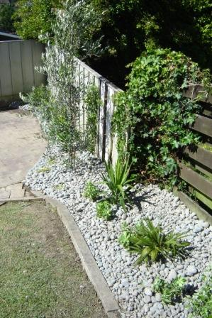Quality landscape and garden design maintenance for Easy care front gardens